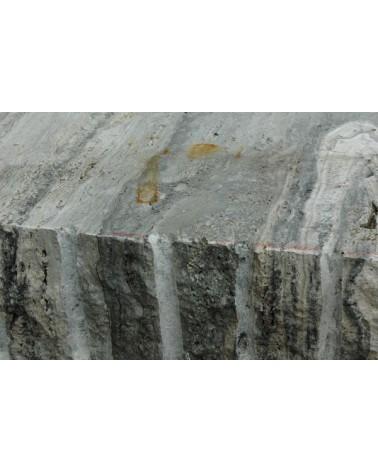 Silbergrauer Travertin Iran Bildhauerstein_2